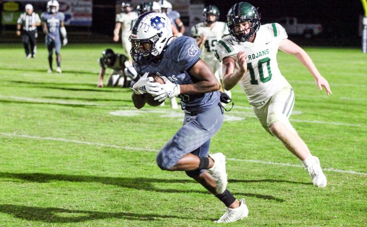 Darius Cannon broke the single game record for receiving yardage with 250 yards on six catches. (Photos/Staci Sulhoff)
